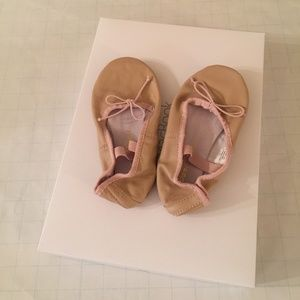 Other - Girl's Pink Mauve Ballet Shoes
